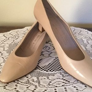 BRUNO MAGLI TAN LEATHER HEELS size 8B